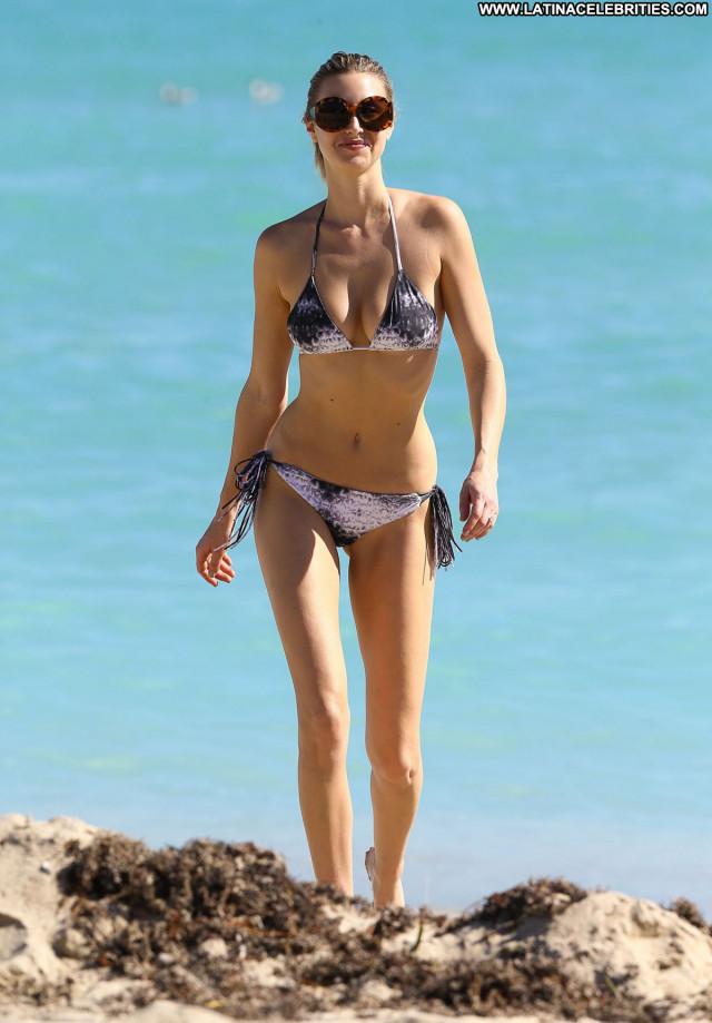 Whitney Port No Source  Sexy Beautiful Bikini Celebrity Posing Hot