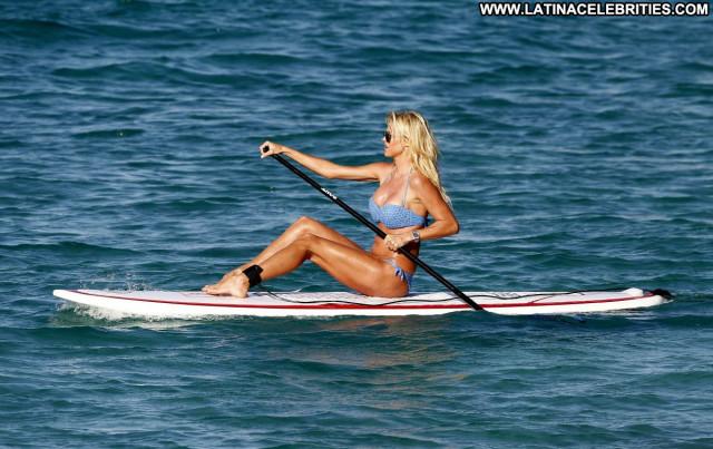 Victoria Silvstedt No Source Babe Bikini Celebrity Beautiful Posing