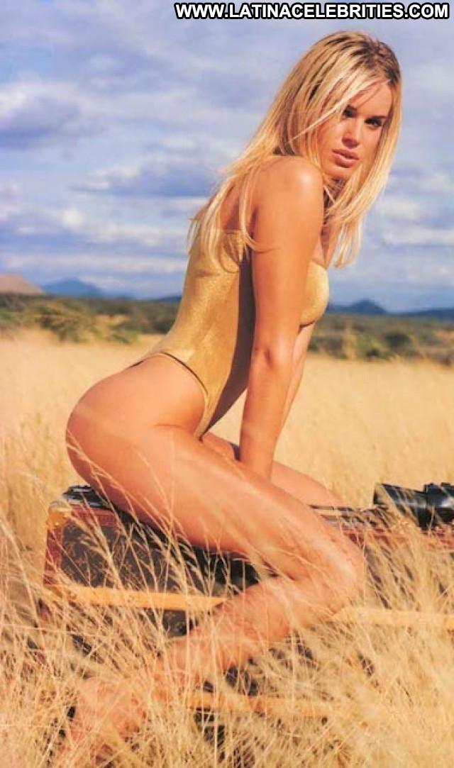 Rebecca Romijn Stamos No Source Sexy Celebrity Beautiful Posing Hot