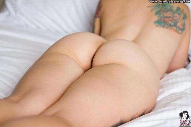 Ellia Suicide Working Porn Posing Hot Big Tits Busty Lingerie Panties
