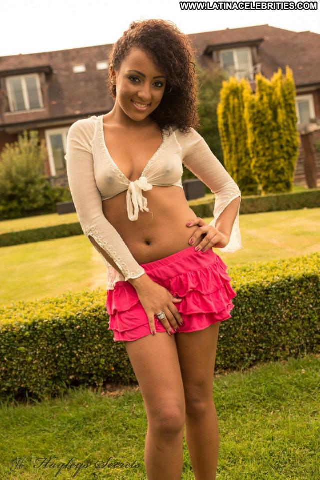 Kayla Louise Celebrity Babe Topless Beautiful Ebony Posing Hot
