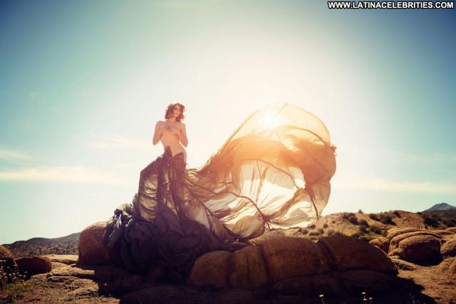 Lauren Cohan The Vampire Diaries Posing Hot Beautiful Actress Topless