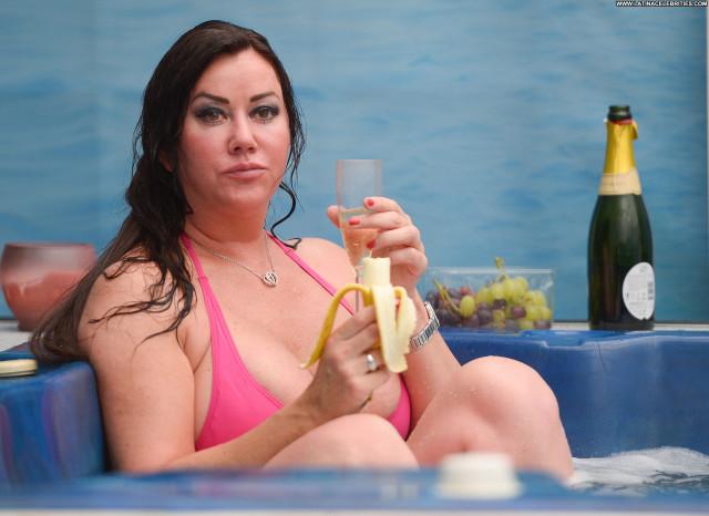 Lisa Appleton No Source Posing Hot Celebrity Hot Reality Boobs Banana
