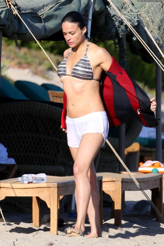 Michelle Rodriguez No Source Babe Sexy Beautiful Legs Beautiful