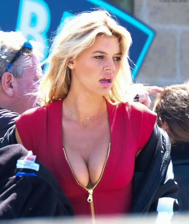 Kelly Rohrbach No Source Babe Sexy Cleavage Model Posing Hot