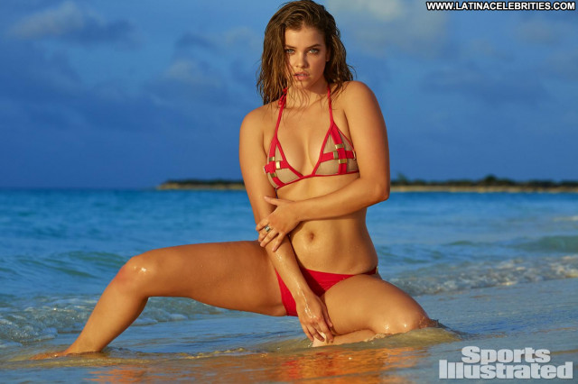 Barbara Palvin Sports Illustrated Swimsuit Model Fashion Model Sexy