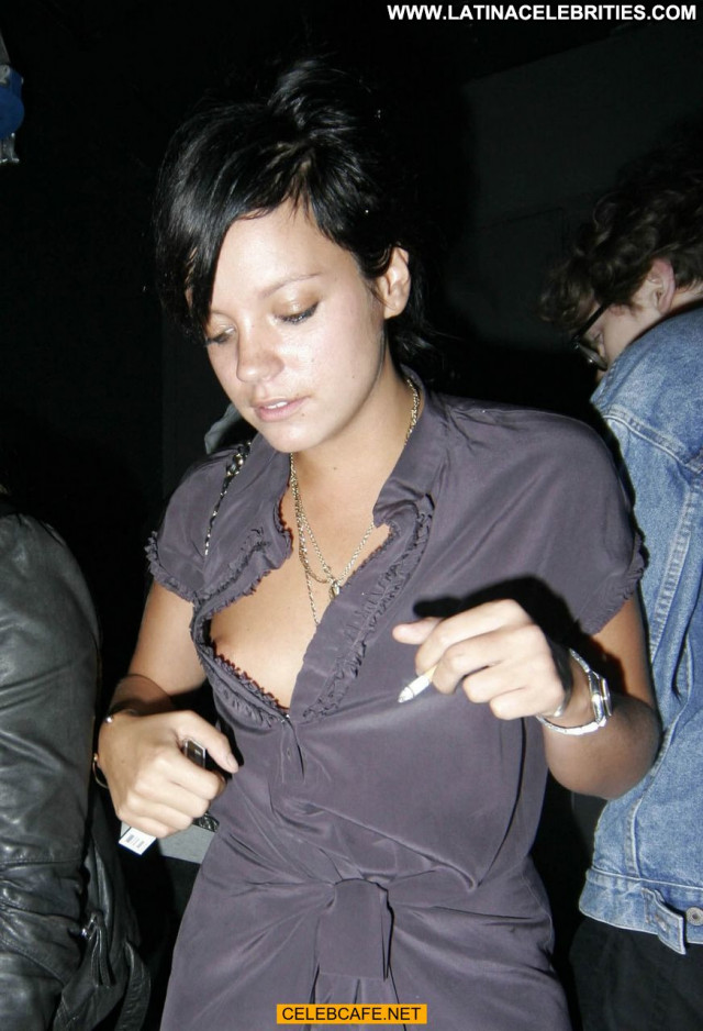 Lily Allen Paparazzi Shots Beautiful Paparazzi Celebrity Posing Hot