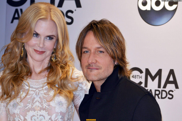 Nicole Kidman Cma Awards See Through Celebrity Babe Beautiful Awards