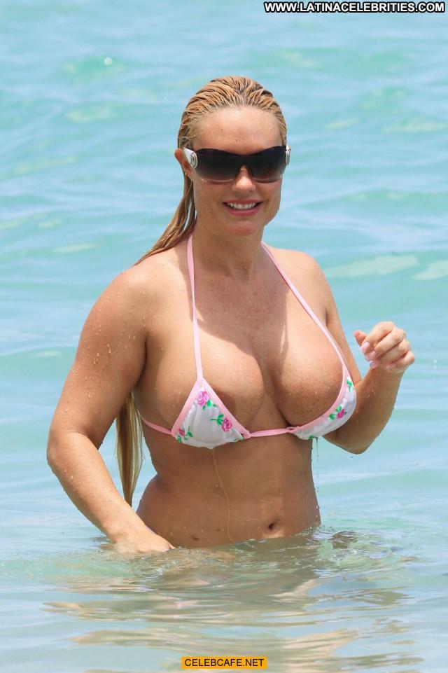 Nicole Coco Austin Miami Beach Areola Slip Bikini Babe Celebrity