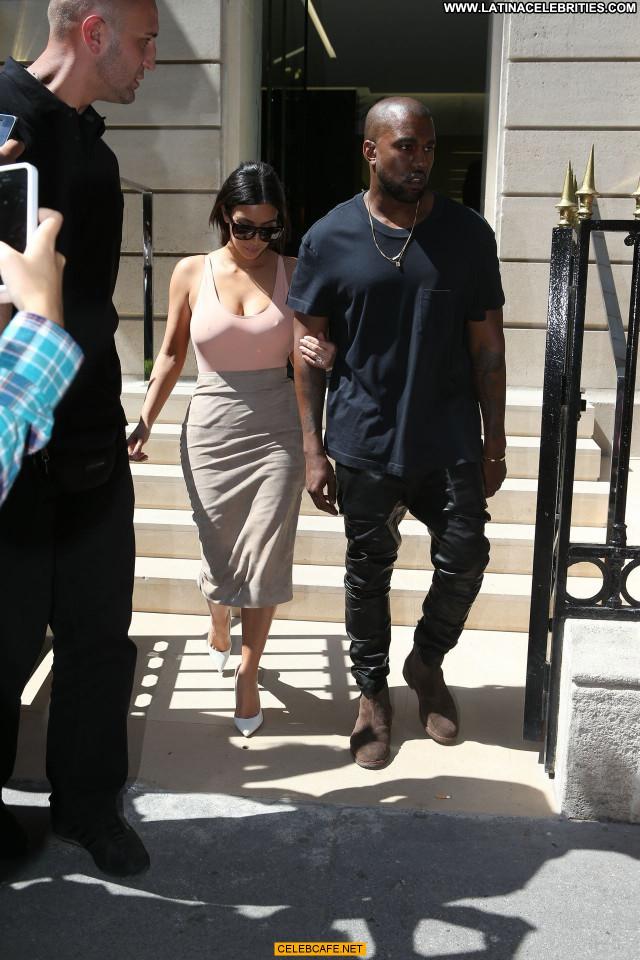 Kim Kardashian No Source Celebrity Paris Posing Hot Beautiful Babe Ass