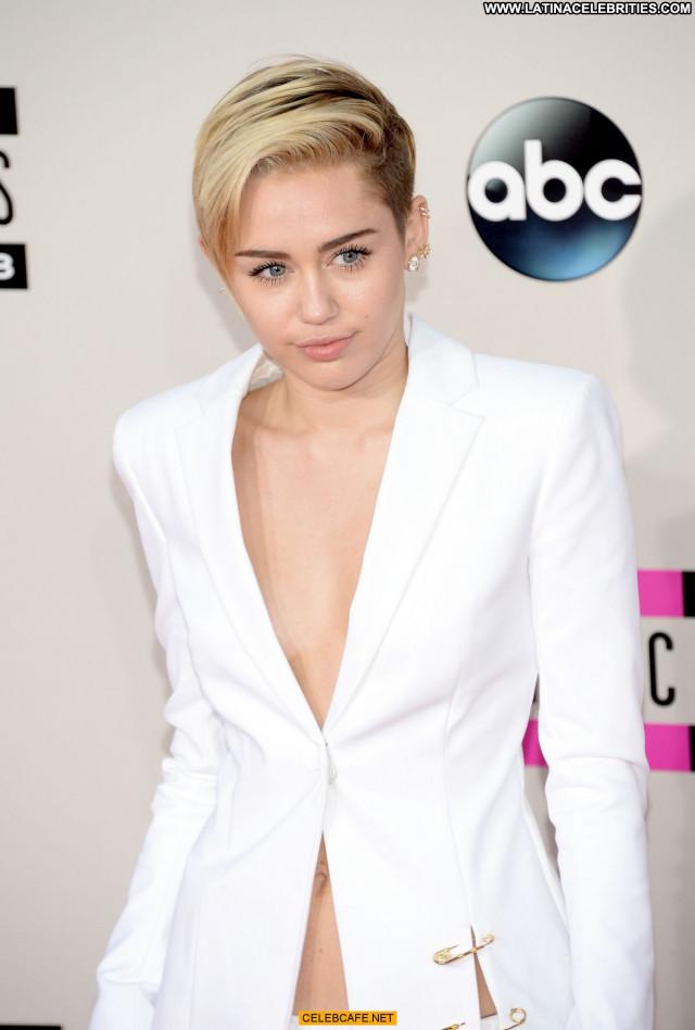 Miley Cyrus American Music Awards Bra Awards American Babe Celebrity