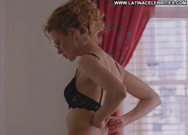 Nicole Kidman Eyes Wide Shut Celebrity Breasts Posing Hot Bedroom