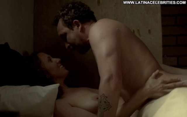 Brooke Smith Ray Donovan Toples Posing Hot Topless Bed Beautiful Big