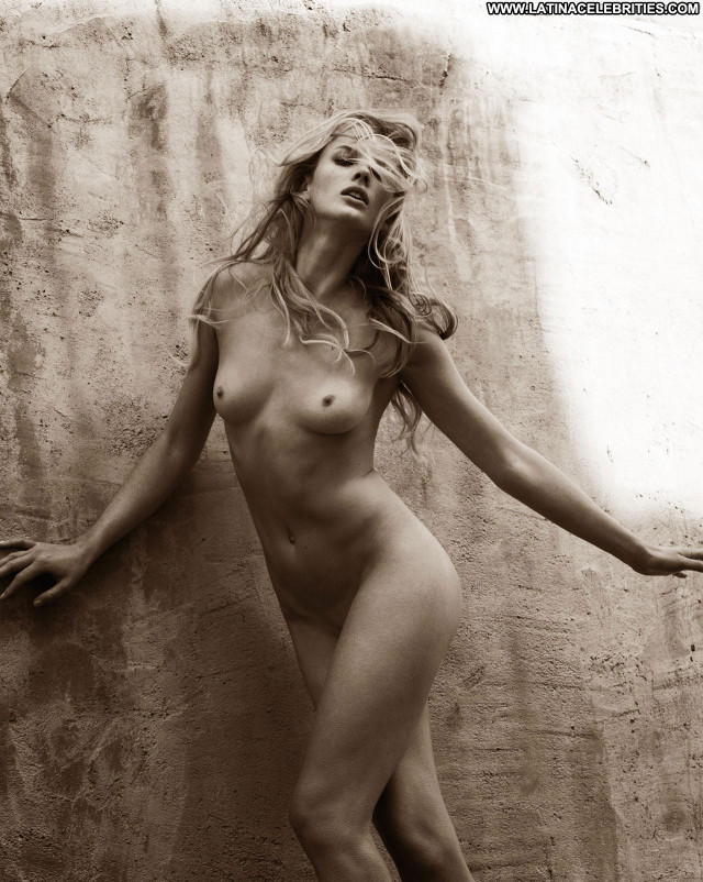 Anne Vyalitsyna Personal Project Big Tits Model Breasts Ass Posing