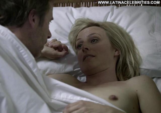 Marta Dusseldorp No Source Big Tits Actress Bed Babe Posing Hot