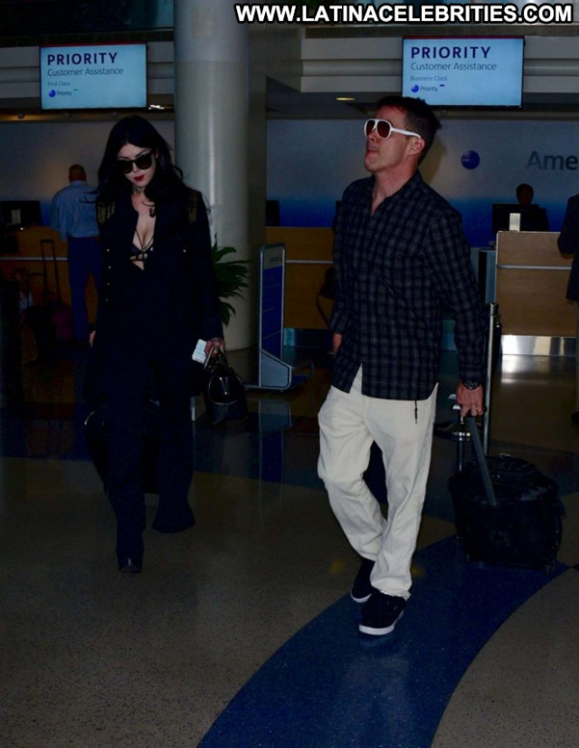 Kat Von D Lax Airport Angel Paparazzi Los Angeles Lax Airport