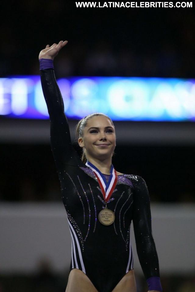 Mckayla Maroney Babe Usa Gym Beautiful Gymnastics Paparazzi Gymnast