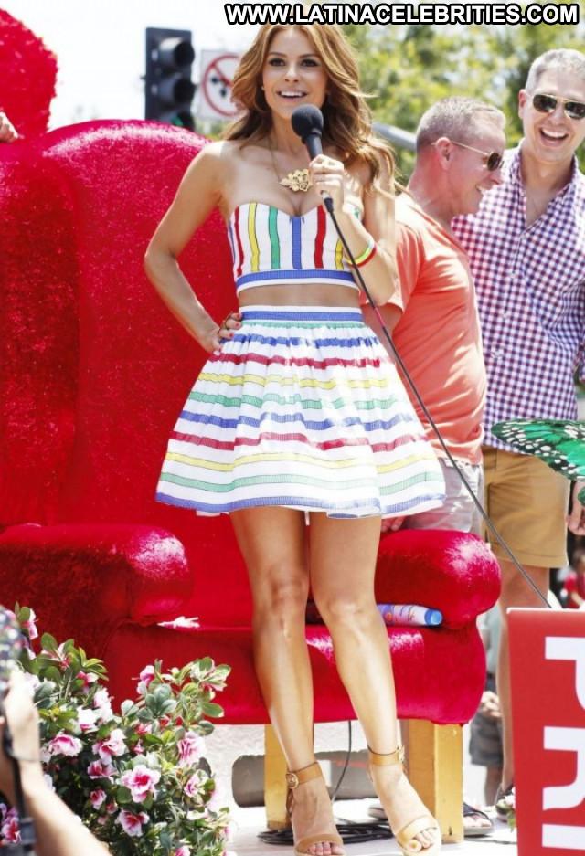 Maria Menounos West Hollywood Beautiful Posing Hot Gay Celebrity
