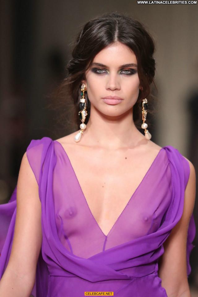 Sara Sampaio Fashion Show Celebrity Fashion Babe Beautiful See