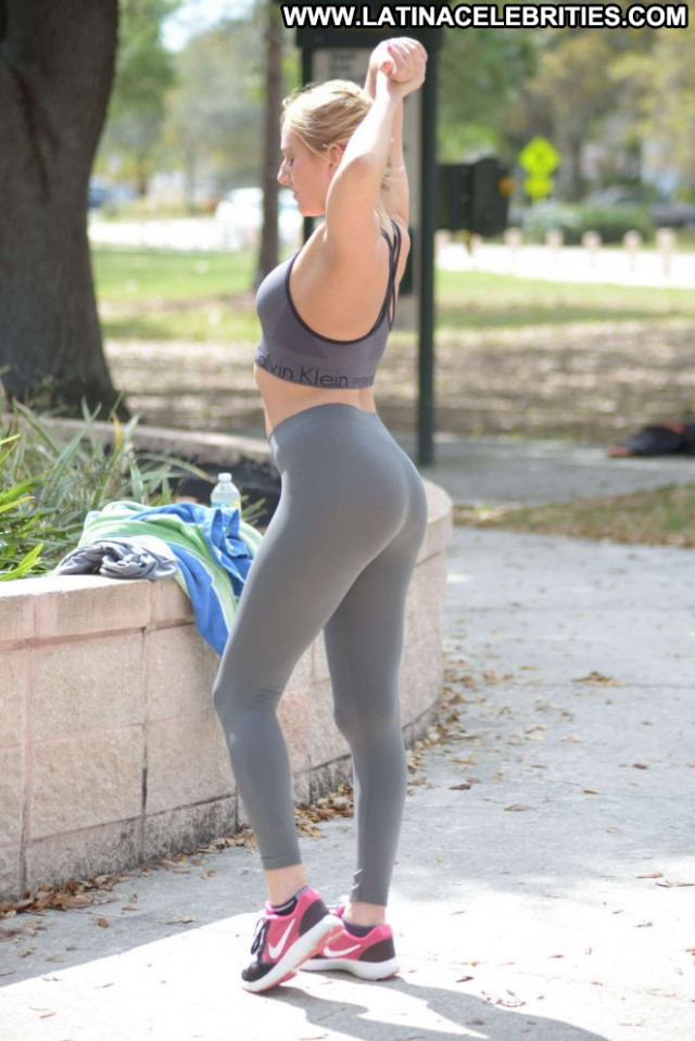 Kate England No Source Park Celebrity Beautiful Workout Paparazzi