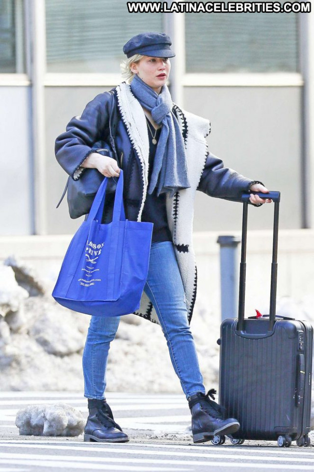 Jennifer Lawrence New York New York Celebrity Paparazzi Beautiful