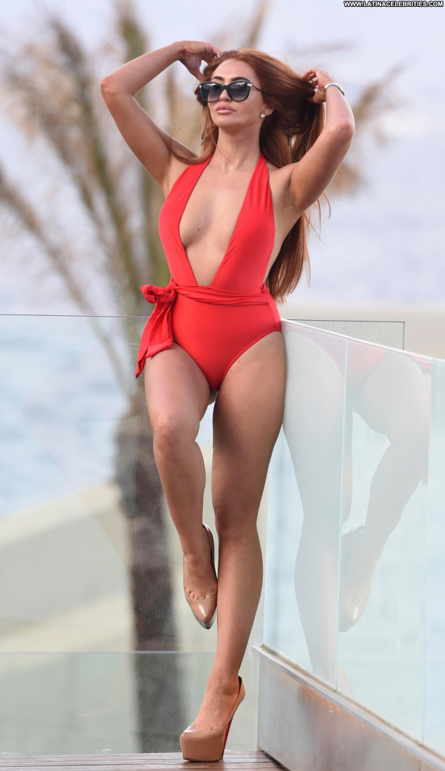 Charlotte Dawson The Beach Model Swimsuit Posing Hot Actress Reality