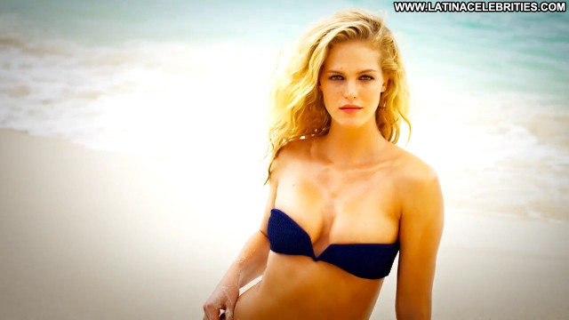 Erin Heatherton Sports Illustrated Swimsuit Swimsuit Sports Beautiful