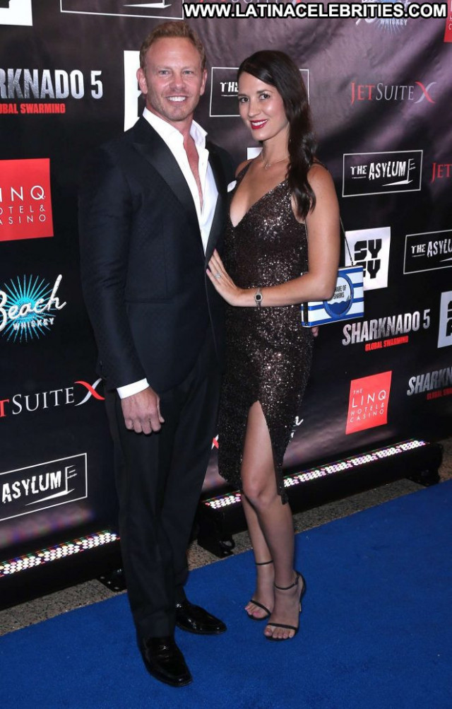 Erin Ziering Las Vegas Celebrity Paparazzi Babe Beautiful Posing Hot