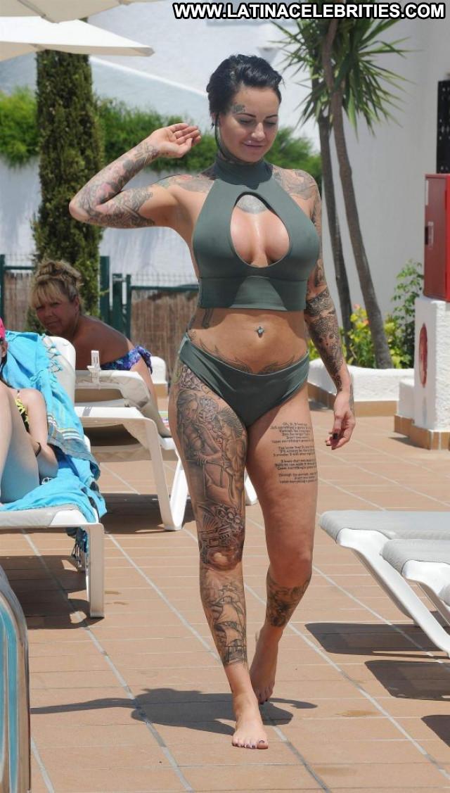 Allie Goertz Anna Nicole Celebrity Summer Male Car Legs Desi Bar Hot