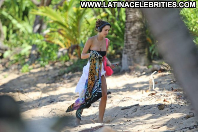 Bikini No Source Celebrity Beach Babe Paparazzi Posing Hot Bikini