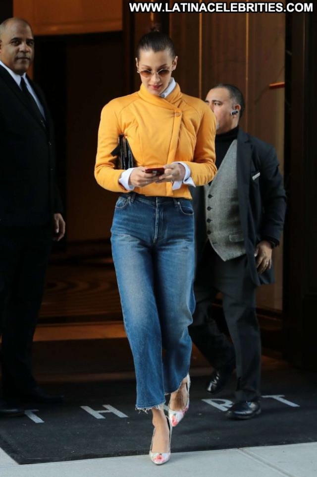 Bella Hadid No Source Paparazzi Babe Beautiful Nyc Celebrity Posing