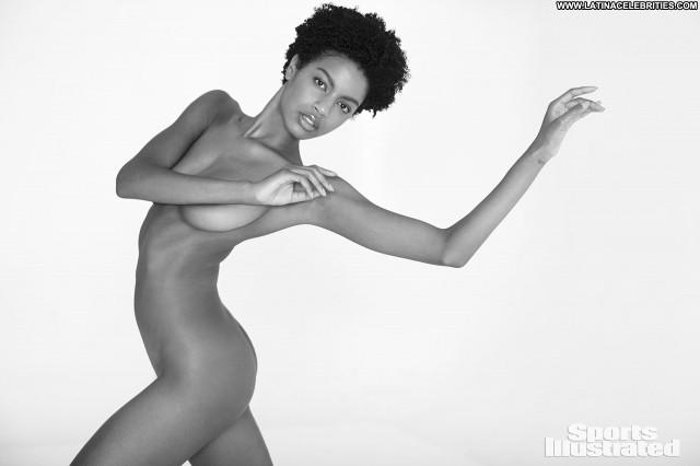 Anne De Paula Sports Illustrated Swimsuit Posing Hot Sexy Xxx Sports