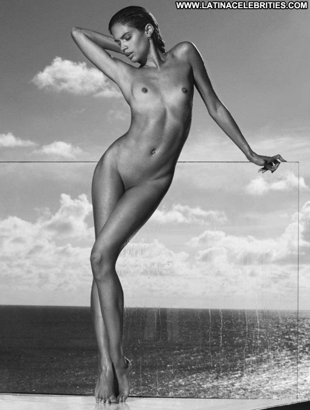 Amber Sym Aly Michalka Winter Leaked Car Celebrity Posing Hot Bra