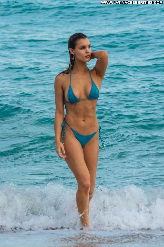 Akshara Haasan Aly Michalka Celebrity Beautiful Bikini Summer Dad Bar