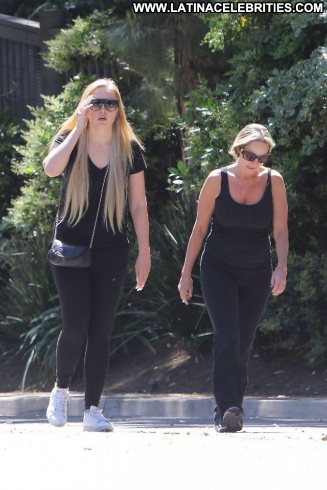 Amanda Bynes No Source Hollywood Celebrity Beautiful Paparazzi Posing