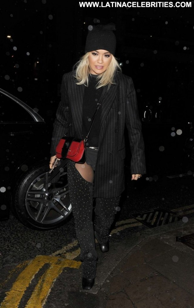 Rita Ora No Source Paparazzi Beautiful London Posing Hot Babe