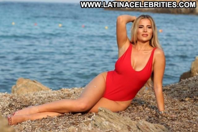 Photos Tv Show Beautiful Posing Hot Bikini Photoshoot Celebrity