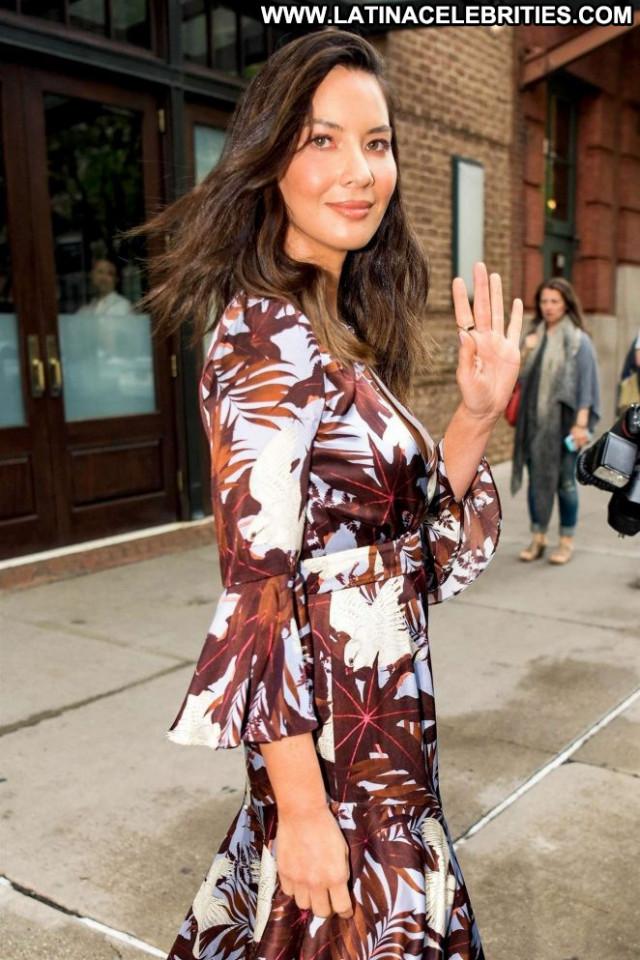 Olivia Munn No Source Paparazzi Celebrity Hotel Babe Beautiful Nyc