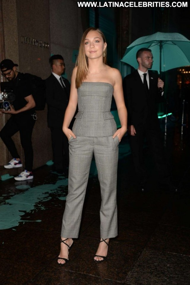 Tiffany New York Posing Hot Celebrity Beautiful Paparazzi New York