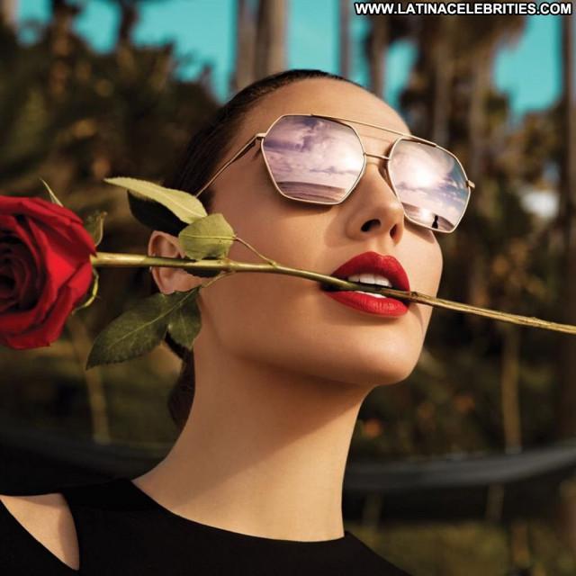 Gal Gadot No Source  Movie Israel Babe Beautiful Posing Hot Celebrity