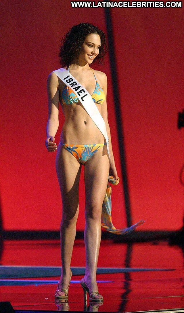 Gal Gadot No Source Babe Swimsuit Beautiful Celebrity Old Posing Hot